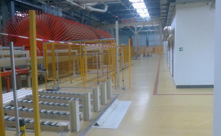 Цех по производству древесностружечных и ламинированных плит. S-19 500м2. Материалы: Цемезит УР 69, УР 35.